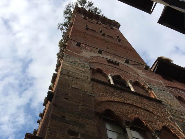 Lucca, Tuscany - Guinigi Tower