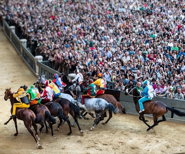 What is Palio di Siena? Events in Tuscany
