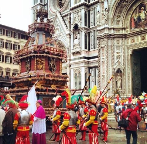 Tradizioni di Pasqua: Scoppio del Carro, Firenze