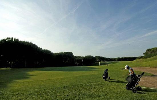 is-arenas-golf-club1.jpg