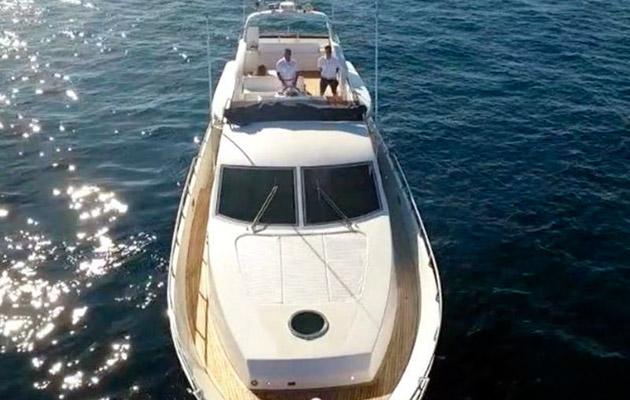 antago62fly-yacht-sicily14.jpg