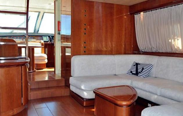 antago62fly-yacht-sicily6.jpg
