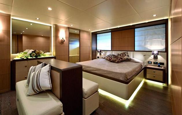 ab116-yacht-sardinia2.jpg