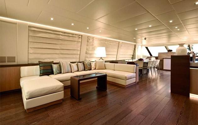 ab116-yacht-sardinia4.jpg