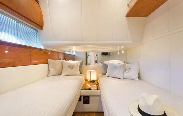 pershing54-campania-yacht5.jpg