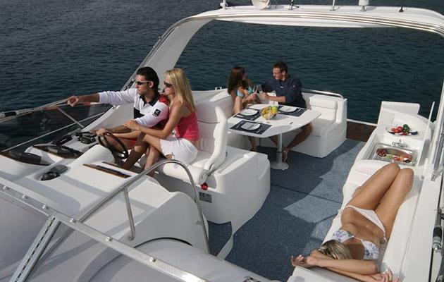 mira43-yacht-sardinia4.jpg