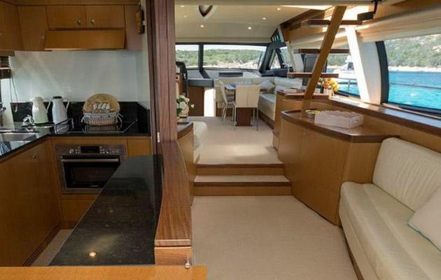 ferretti630-yacht-sardinia14.jpg