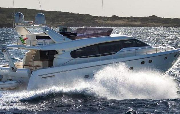 ferretti630-yacht-sardinia6.jpg