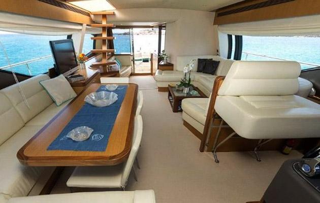ferretti630-yacht-sardinia9.jpg