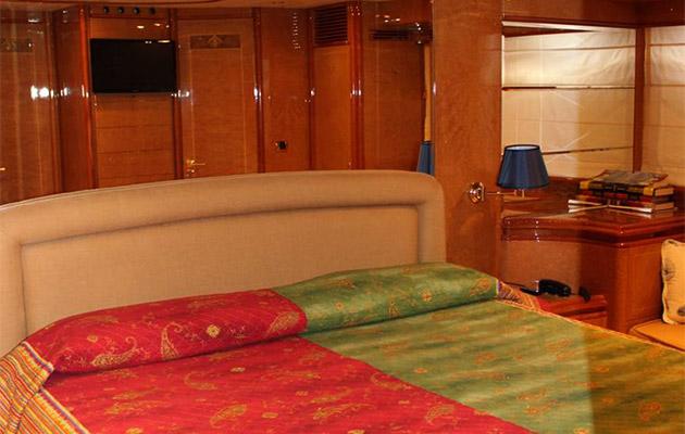 astondoa72-yacht-sardinia10.jpg