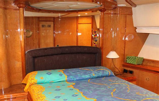 astondoa72-yacht-sardinia2.jpg