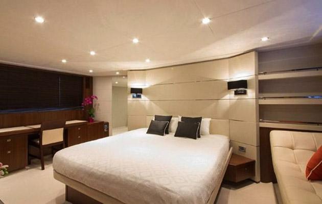 princessv78-yacht-sardinia7.jpg
