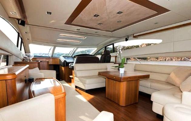 sunseeker-predator72-yacht-sardinia11.jpg