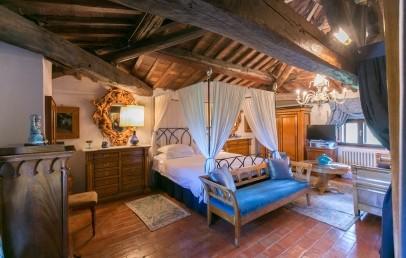 Deluxe Room - Villa Papale