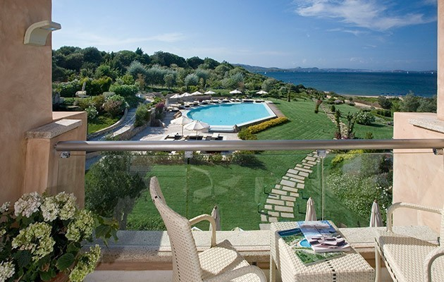 Ea Bianca Luxury Resort