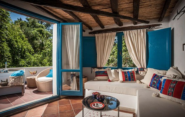 hotel su gologone oliena charming hotels sardinia. Black Bedroom Furniture Sets. Home Design Ideas