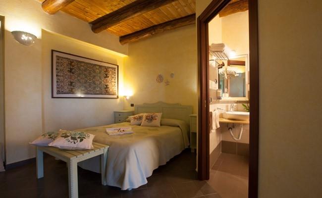 Sa mandra agriturismo alghero hotel e vacanze ad alghero for Arredo bagno cagliari 554