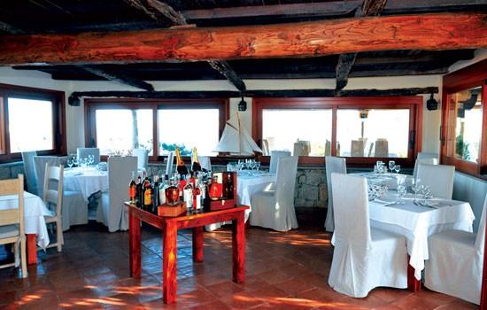 ristorante-la-scogliera2.jpg