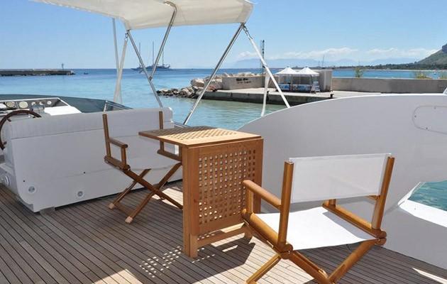 antago62fly-yacht-sicily4.jpg