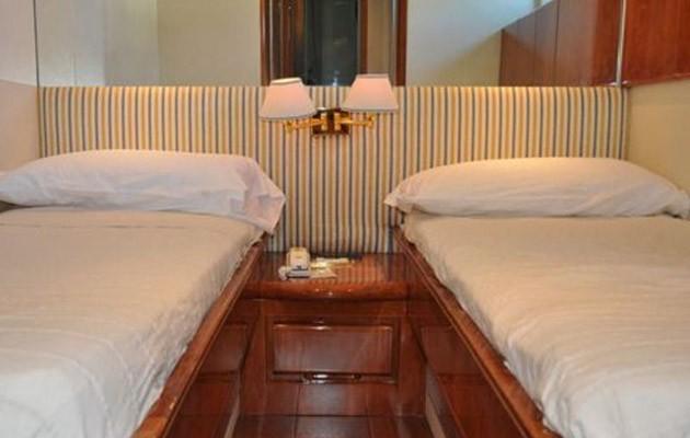 antago62fly-yacht-sicily9.jpg