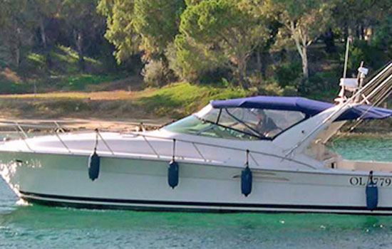 Type: Riviera 4000 off-shore Technical specifications Overall length 13,60 ...