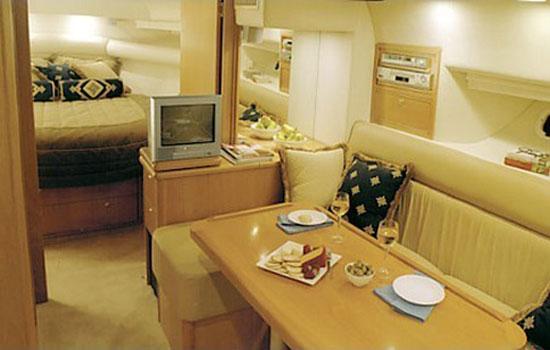 Riviera 4000 Yacht charter Sardinia Cala Capra, Palau