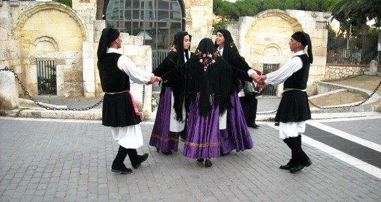 What is Sardinia famous for? Folk traditions