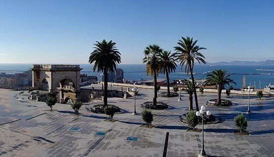 Cagliari entre les quartiers maritimes historiques