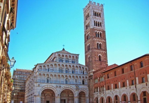 What to do in Lucca in a week-end: Piazza Duomo