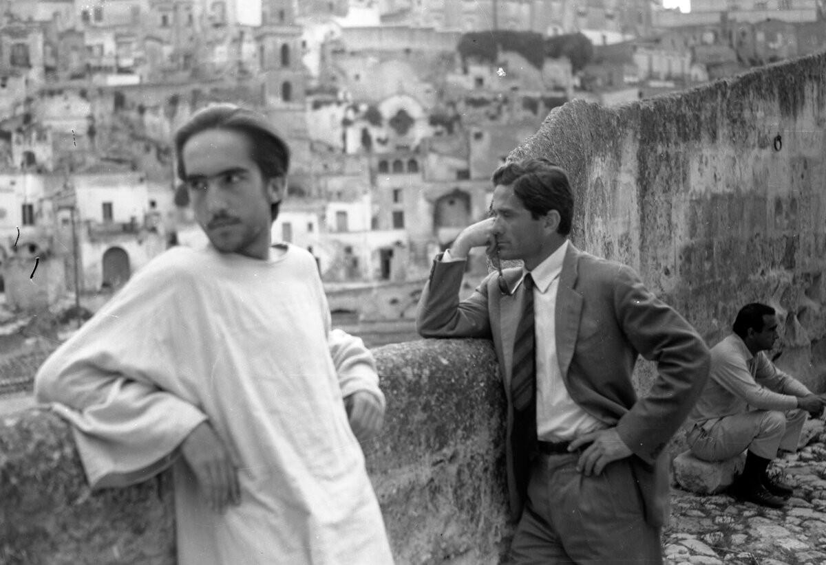 Nelle cantine di Pasolini a Barile per visita guidata con degustazione