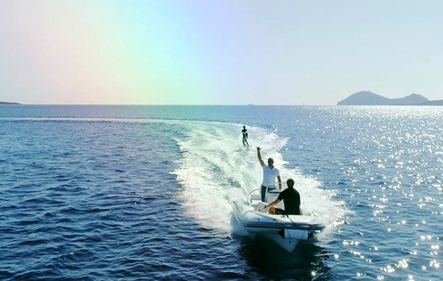 adea-yachting52.jpg