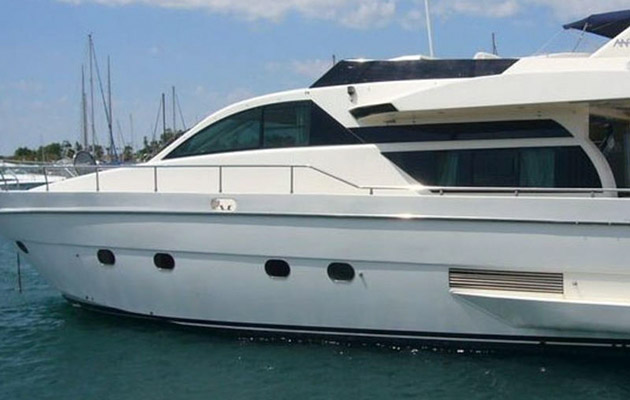 antago62fly-yacht-sicily17.jpg