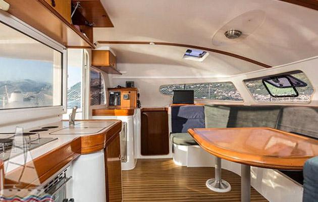 nautitech40-yacht-puglia2.jpg