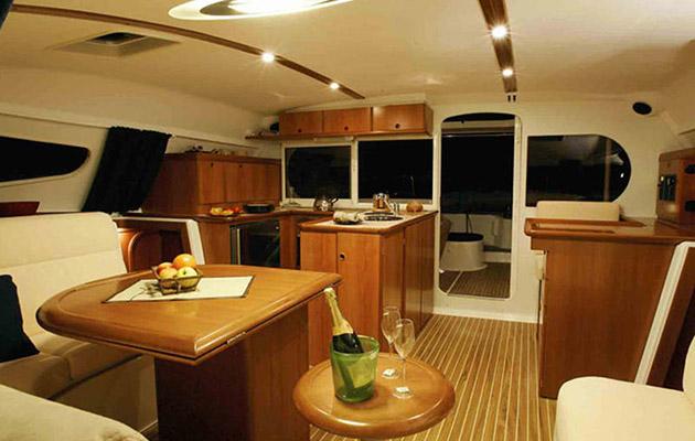 nautitech40-yacht-puglia4.jpg