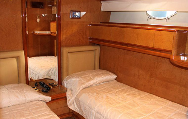 astondoa72-yacht-sardinia9.jpg