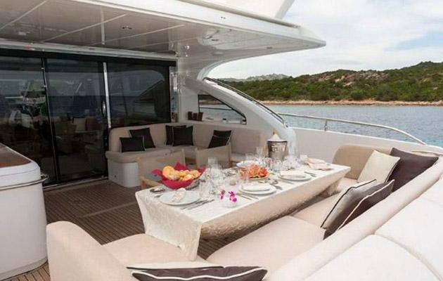 princessv78-yacht-sardinia5.jpg