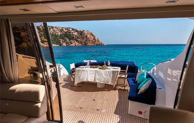 sunseeker-predator72-yacht-sardinia2.jpg