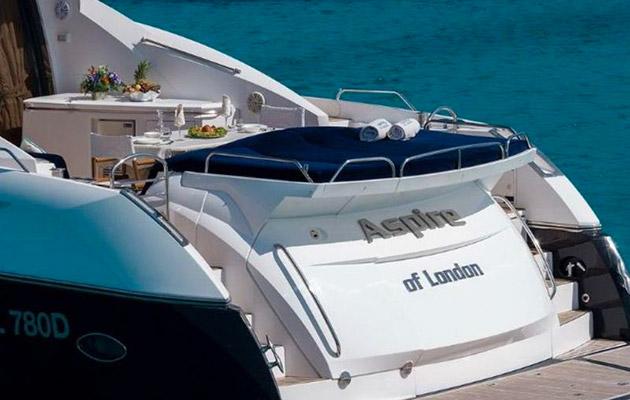 sunseeker-predator72-yacht-sardinia3.jpg