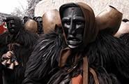 Mamuthones-tipica maschera sarda