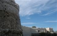 Замок Кастелло-ди-Монте-Сант'Анджело