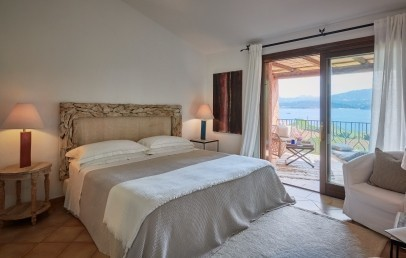 Charming sea view room