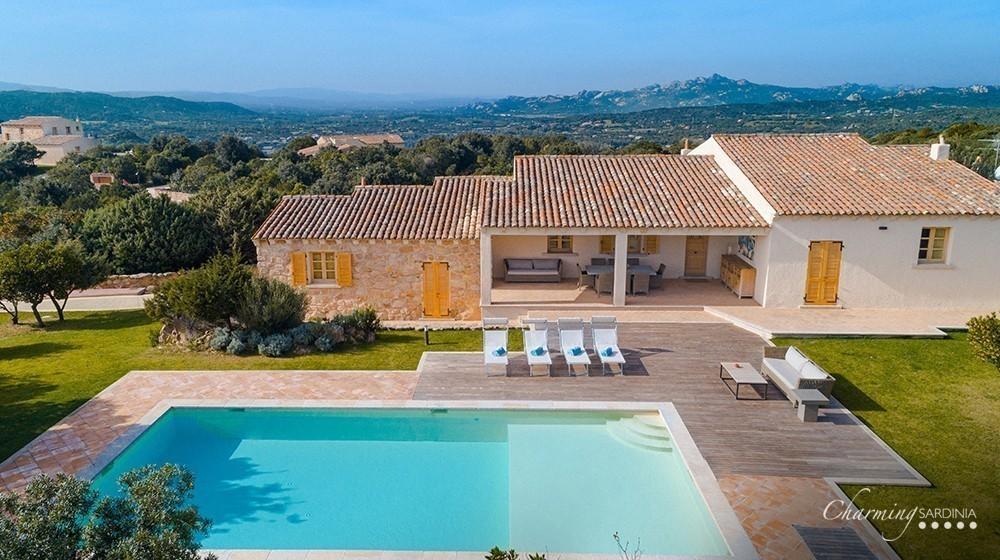 Villa Romazzino - Borgo Smeraldo