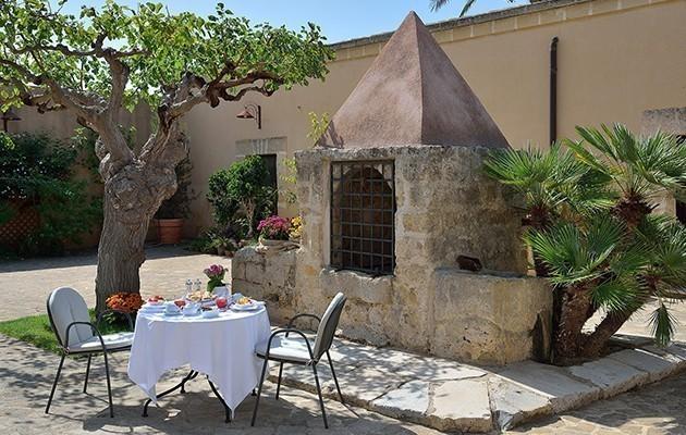 Baglio Oneto dei Principi di San Lorenzo - Luxury Wine Resort