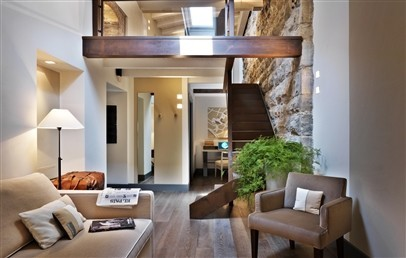 Suite on 2 levels