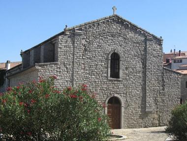 tempio-pausania-sardnia1.jpg